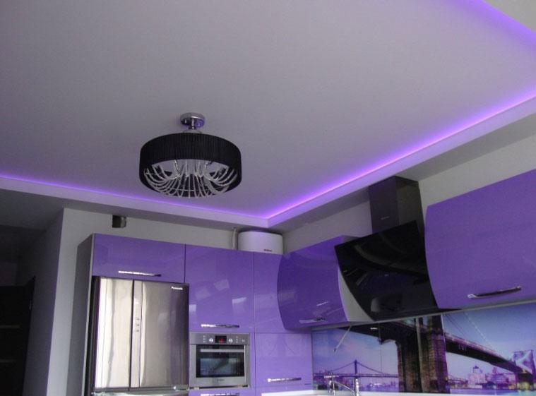 Натяжные потолки с подсветкой монтаж в Москве